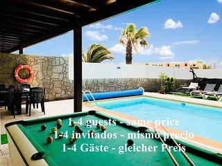 Villa Descansa con piscina privada, Sat-TV, Wifi & barbacoa  en Playa Blanca