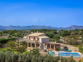 5 bedroom Villa in Alcúdia, Balearic Islands, Spain - 5334225