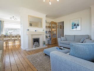 Sea Acres - An Ideal Place to Relax and Admire Panoramic Views