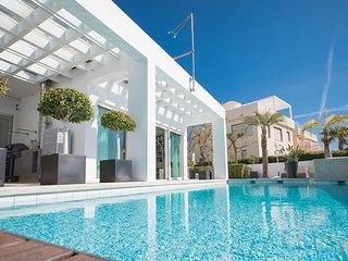 Luxury BEACH-VILLA in la Cala de Mijas