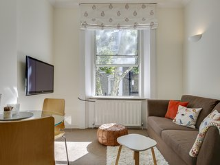 Pretty 1Bed Flat in Notting Hill 3 Mins to Tube