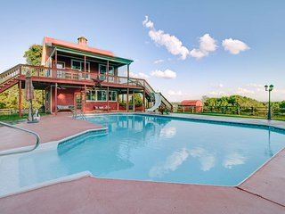 Morning Star Ranch - Cabana -- Swimming pool + Swim spa, BBQ grill, Playground