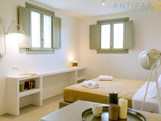 Antiparos Homes - Cycladic stonehouse villa