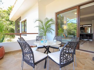 Lovely Condo in Akumal wih Pool, Wellness Center Facilities by olahola