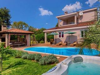 3 bedroom Villa in Stinjan, Istarska Zupanija, Croatia : ref 5084131