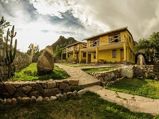 Nacho's House, Bungalows. Urubamba-Valle Sagrado, Cusco-Peru