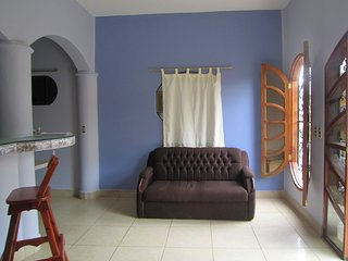 Sandy sur Downtown 1 Bdr apartament , patio, a/c ,  3 blocks from the beach