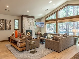 Luxe 5BR/5.5BA w/ Private Hot Tub, Indoor Pool & Game Room - Walk to Skiing