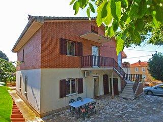 Apartment 9987
