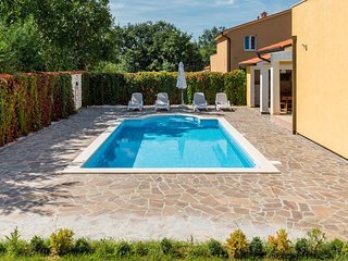 Villa in Zartinj
