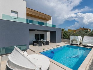 5 bedroom Villa in Fažana, Istria, Croatia : ref 5681389