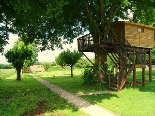 Cabane Familiale dans les arbres pour 4 personnes