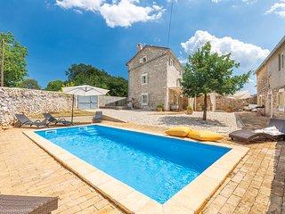 3 bedroom Villa in Režanci, Istria, Croatia : ref 5681392