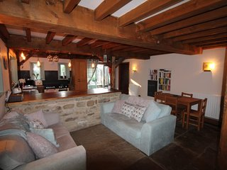 Hagg Hill - The Cottage, Home from home with Hot Tub,  Horse and Dog friendly