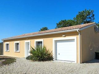 3 bedroom Villa in Montalivet-les-Bains, Nouvelle-Aquitaine, France - 5681167