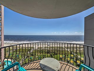 NEW! Oceanfront Myrtle Beach Condo w/Pool Access!