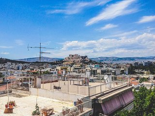 Chic Oasis With Majestic Views Of The Acropolis