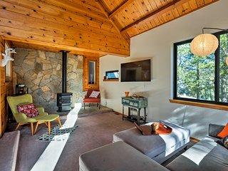 Fam-Friendly Home w/ Sauna, Tahoe Donner Ski ~2 Mi