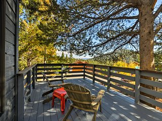 NEW! Truckee Home w/ Sauna, Pool & Hot Tub Access!