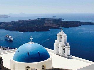 Alti Santorini Suites ( Honeymoon Suite with Sea View)