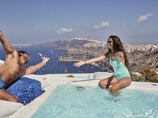 Alti Santorini Suites (Infinity Suite with Sea View)
