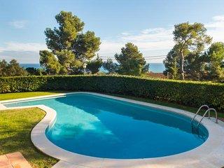 2 bedroom Apartment in Calella de Palafrugell, Catalonia, Spain - 5246985