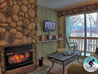 Whiffletree B3 - Two bedroom Ski back to the condo or take the shuttle provided