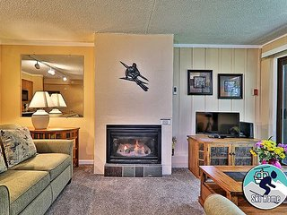 Whiffletree B1 - Two bedroom condo Shuttle to Slopes/Ski Home