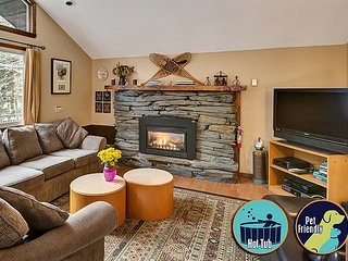 Dean Hill Chalet - Five Bedroom Private Chalet in the heart of Killington