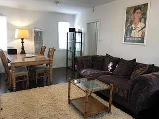 *CENTRAL Vintage 2bd house in LOS ANGELES*