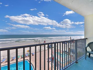 NEW LISTING! Waterfront studio w/ a furnished balcony, ocean view, & shared pool