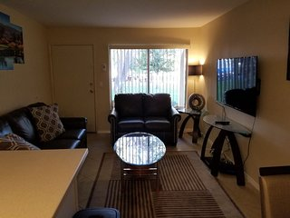 GREAT GOLF, TENNIS AND POOL CONDO NEWLY FURNISHED.  20 MINS TO PALM SPRINGS !!!!