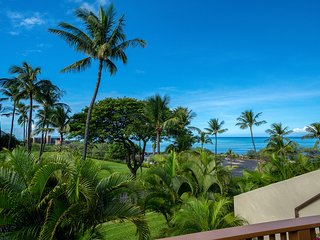 Contemporary, updated 2B/2BA Condo, Expansive Ocean Views, at Maui Kamaole