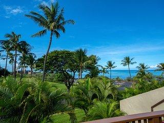 Contemporary, updated 2B/2BA Condo, Expansive Ocean Views, at Maui Kamaole