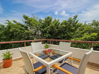 Corner Penthouse with Pool and Golf Course View