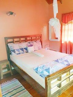 Camera da letto 1 con letto matrimoniale e A / C