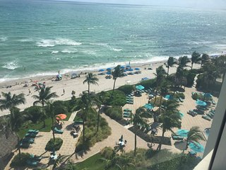 RIGHT ON THE BEACH- Luxury 2 Bed/2 Bath Condo in Tides Resort w/Direct Oceanview