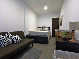 One Bedroom Apartment GT021