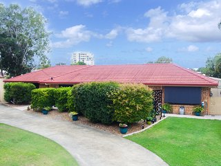 Truscott Court, 5 - Golden Beach