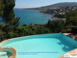 Mas provençal avec piscine et vue feerique sur la mer méditerranée