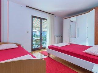 Apartment 285
