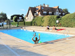 DUPLEX Classe 4**** Tennis, Piscine, Parking, Linge inclus, WIFI, Materiel BEBE.