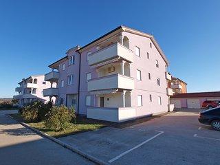 Apartment 2095