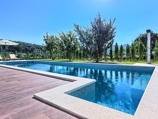 Amazing newly built 4 Bedroom Villa close to Omis