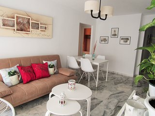 BEACH AND CITY MALAGUETA APARTMENT