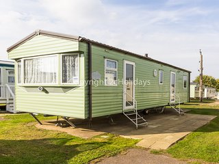 8 berth caravan with D/G and C/H at Cherry Tree. *Pets allowed. REF 70504