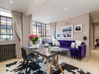 Super Luxurious 1BD Flat in the Heart of Chelsea!