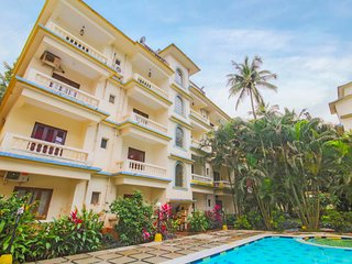 Well-furnished 2-BR apartment, 700 m from Calangute Beach