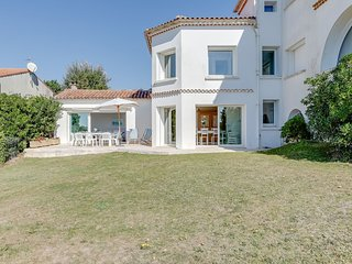 4 bedroom Apartment in Vaux-sur-Mer, Nouvelle-Aquitaine, France - 5517938