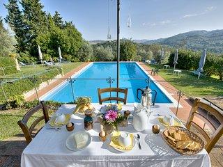 10 bedroom Villa in Montaperti, Tuscany, Italy : ref 5681493